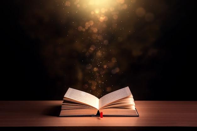 開いた本と聖書の背景