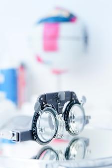 Пробная оправа оптометриста для проверки зрения