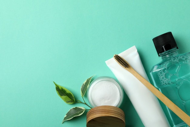 Oral care accessories on mint