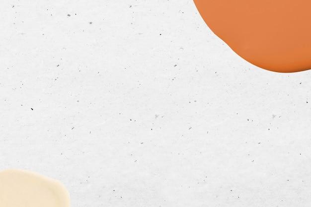 흰색에 주황색과 노란색 최소한의 페인트