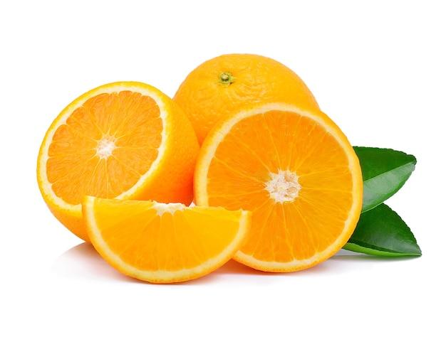 分離されたオレンジ色の果実