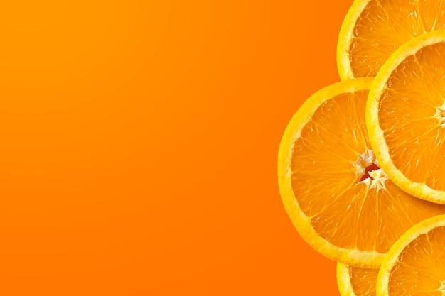 노란색과 빨간색 배경에 오렌지 과일
