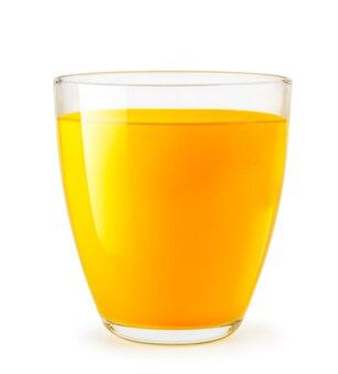 Апельсиновый сок в стеклянной чашке изолирован