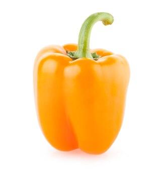 白い背景で隔離のオレンジ色のパプリカペッパー