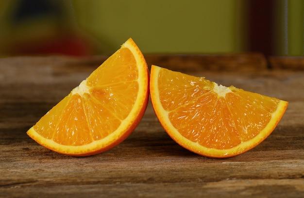 木製のオレンジスライス