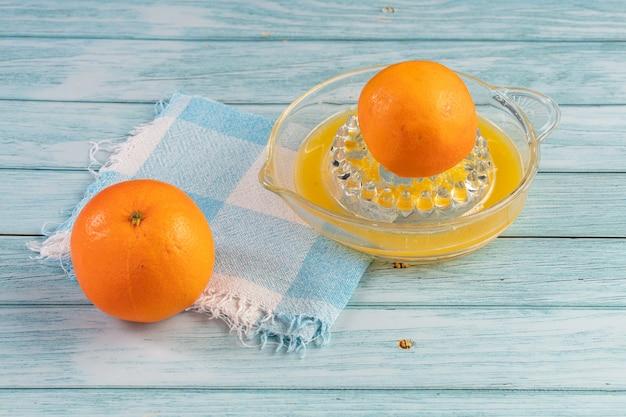 Апельсин, чтобы сделать сок