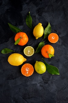 Oranges, tangerines and lemons seen from above