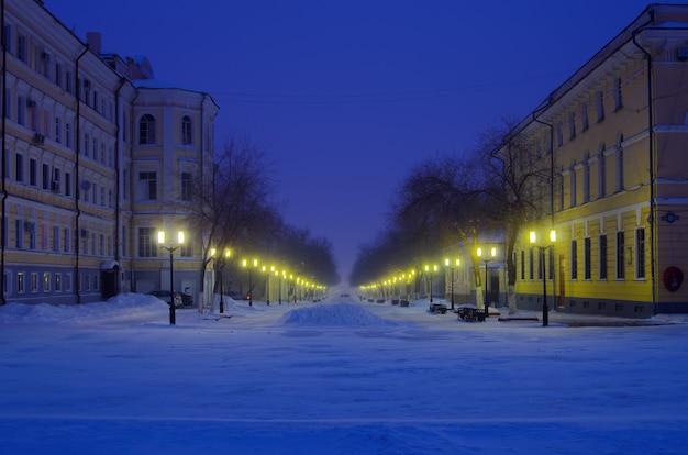 オレンブルクソヴェツカヤ通り冬の夜ロシア05022017
