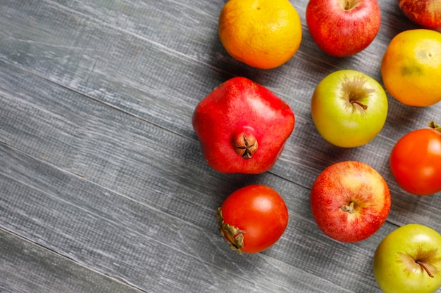 Frutta autunnale biologica.