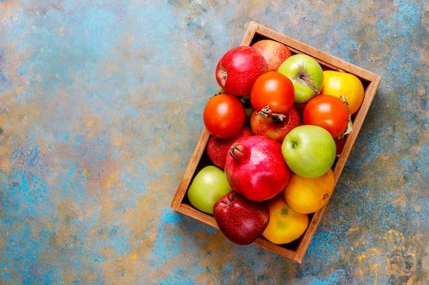 有機秋の果物。