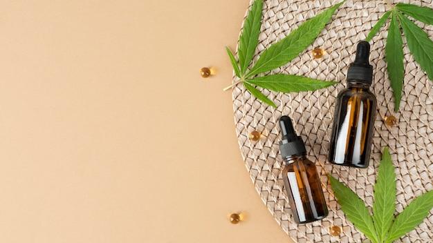 Disposizione del prodotto di cannabis biologica con spazio di copia