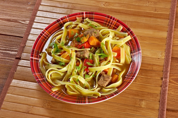 Восточно-узбекский суп лагман по-фермерски