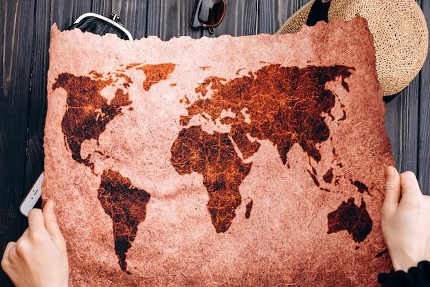 Оригинальная карта мира гранж фон