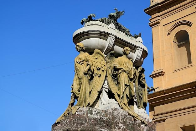 산토 도밍고 수도원 부에노스 아이레스 아르헨티나에서 마누엘 벨 그라노 장군의 화려한 영묘