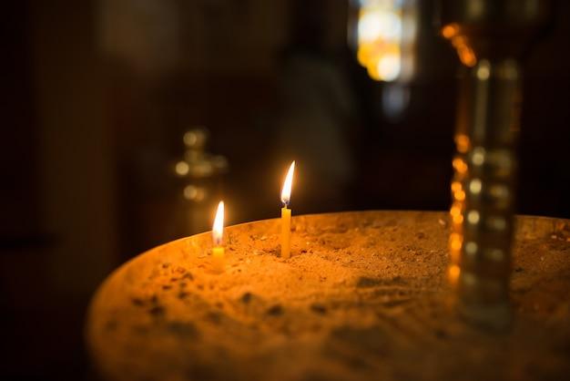 정교회 양초 사원, 종교 여행 문화, 황금빛