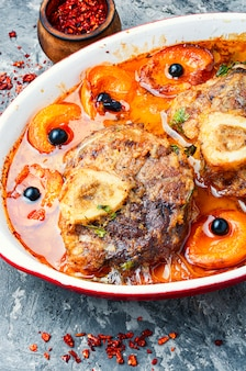 Ossobuco beef with apricot