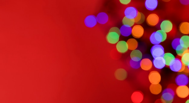 새해 크리스마스 배경 조명의 초점 다채로운 포인트