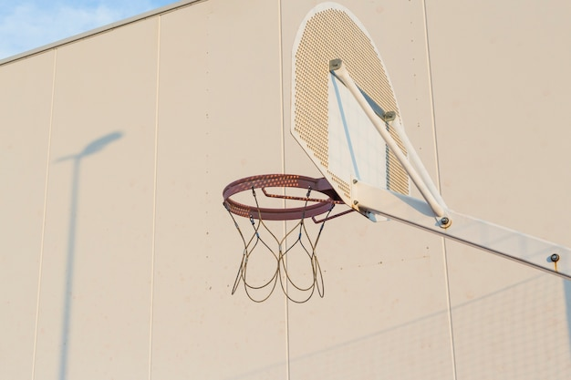 An outdoor basketball hoop