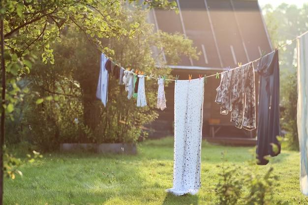 Outdoor clothesline clothespin