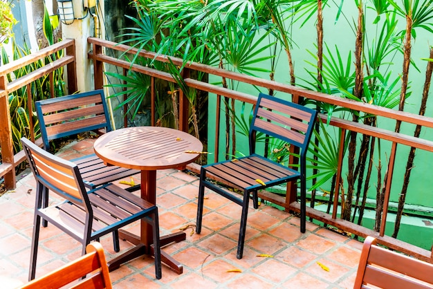 Outdoor patio table and chair