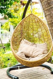 옥외 안뜰 고리 버들 세공 그네 의자
