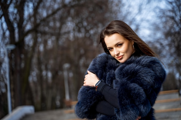 Outdoor photo of a glamour woman