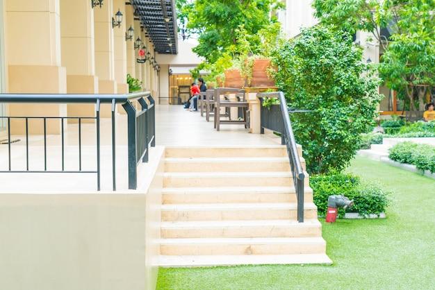 Outdoor stair walk way