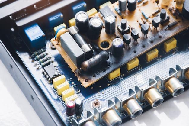 Перегорание пленочных резисторов на электронной плате