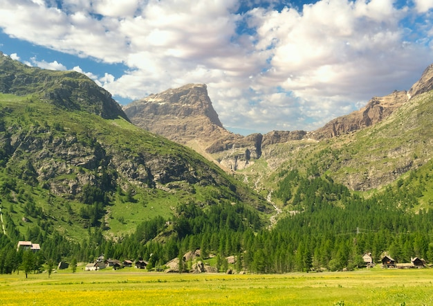 高山の風景の概要