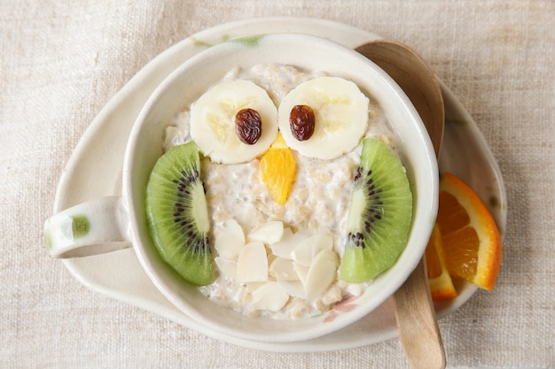 Owl porridge breakfast