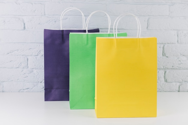 Packages with handles