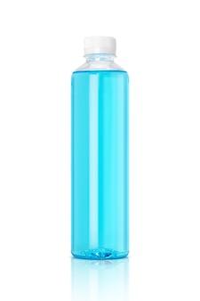 흰색에 고립 된 알코올에 대 한 명확한 플라스틱 병 포장