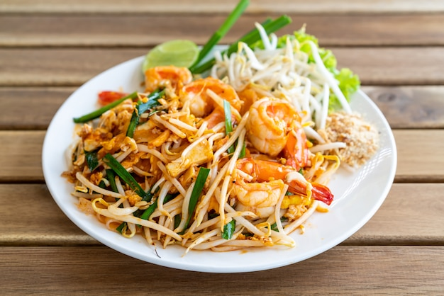 Pad thai  stir fried rice noodles with shrimps