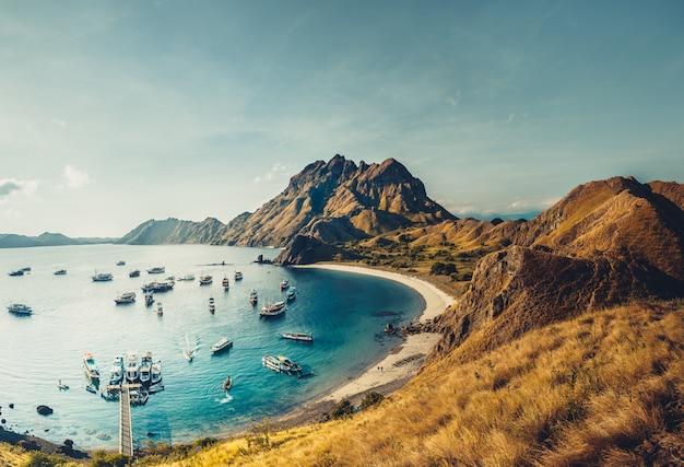 Padar island bay. komodo national park
