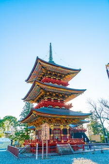 Пагода в храме нарита-сан синсё-дзи, недалеко от токио, япония
