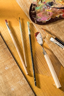 Paint brushes with palette