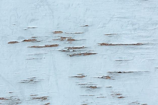 Dipinga la scheggiatura su superficie di legno