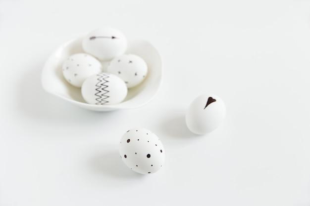 イースターのために塗られた卵
