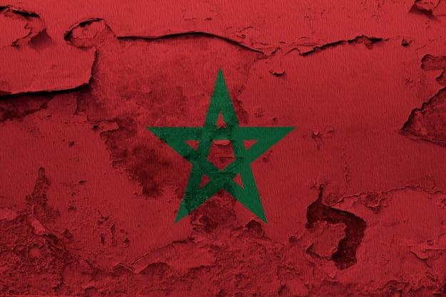 Окрашенный национальный флаг марокко на бетонную стену