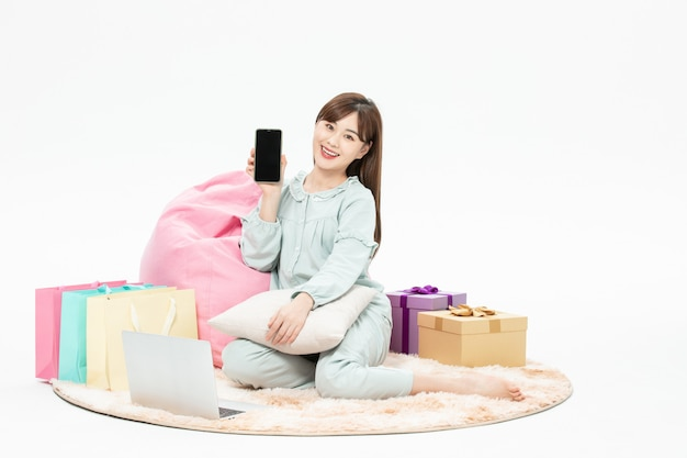 Pajamas beauty home mobile phone online shopping