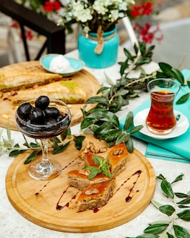 Pakhlava with nuts jam and black tea