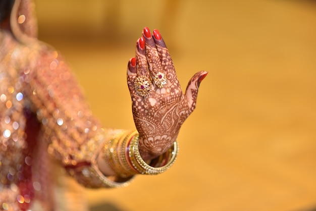 Pakistani indian brides hands showing rings and jewelry