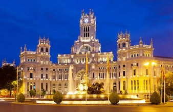 Palacio de Cibeles in summer  night. Madrid