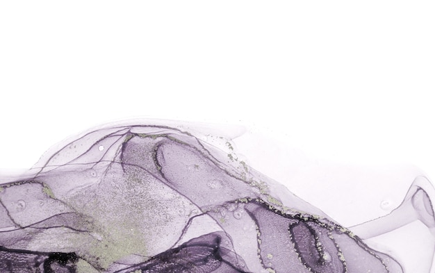 Бледная прозрачная акварель краска падает фон.
