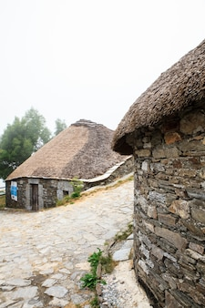 Palloza伝統的な北西スペインの住居