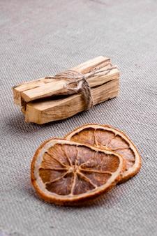 삼베에 팔로 산토 나무 스틱 아로마 테라피 액세서리 명상 아로마 테라피 향