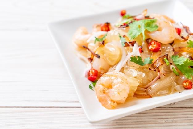 Острый салат памело с креветками или креветками