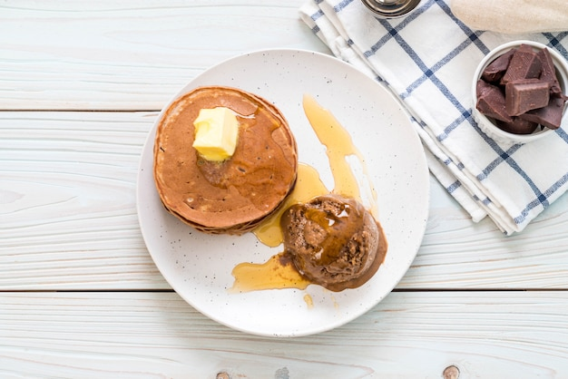 Pancake with chocolate ice cream