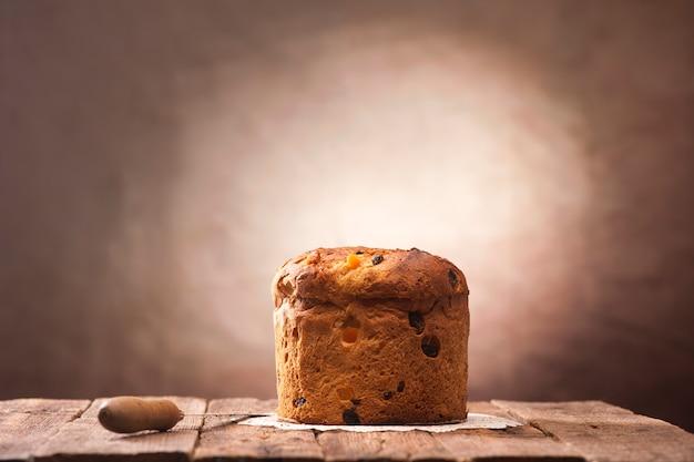 パネトーネはクリスマスの伝統的なイタリアのデザートです