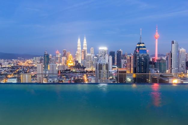 Панорама с высоты птичьего полета куала-лумпур городской пейзаж, малайзия